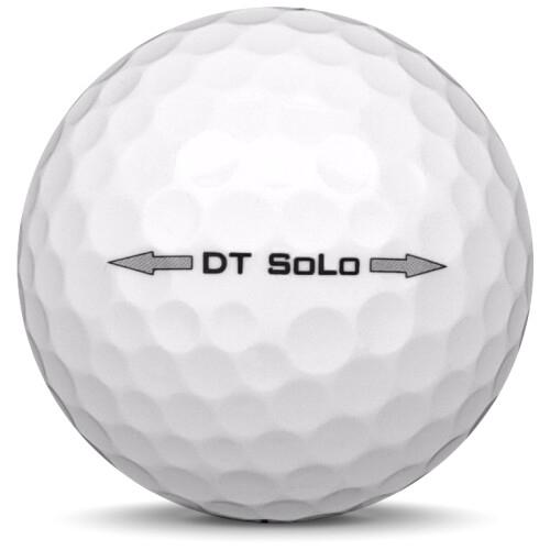 Golfboll av modellen Titleist DT Solo i vit färg från sidan