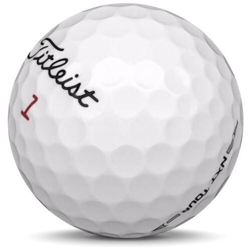 Golfboll av modellen Titleist NXT Tour i 2017 års version med vit färg sned bild