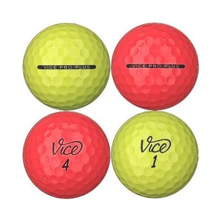 Golfboll av modellen Vice Pro Plus i grön/röd färg