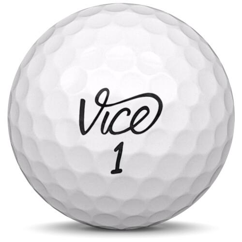 Golfboll av modellen Vice Pro i 2019 års version med vit färg framifrån