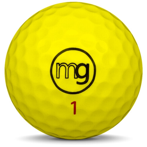 Fyra golfbollar i vit färg