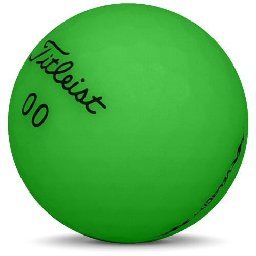 Golfboll av modellen Titleist Pro V1 Practice i 2018års version med vit färg