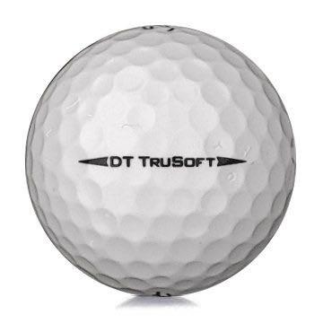 Golfboll av modellen Titleist DT trusoft i 2019års version med vit färg