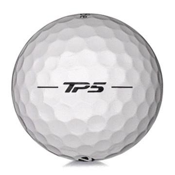 Golfboll av modellen TaylorMade TP5 i vit färg