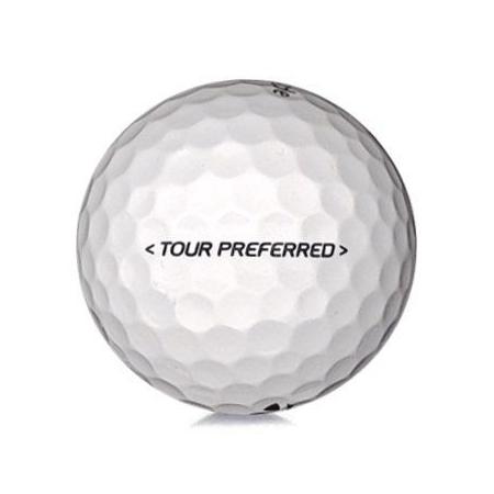Golfboll av modellen TaylorMade Tour Preferred i vit färg