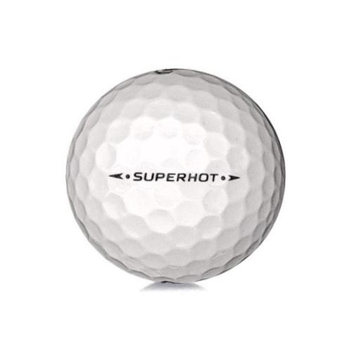 Golfboll av modellen Callaway Superhot i vit färg