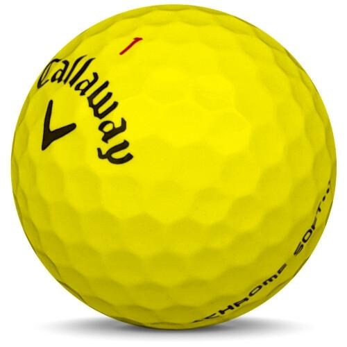 Golfboll av modellen Callaway Chrome Soft i 2017 års version med gul färg sned bild